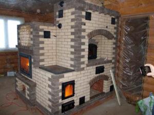Мини-русская печь в составе комплекса с каминопечью и варочной панелью