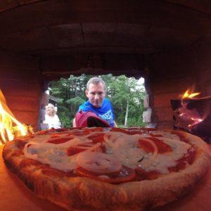 Пицца на углях